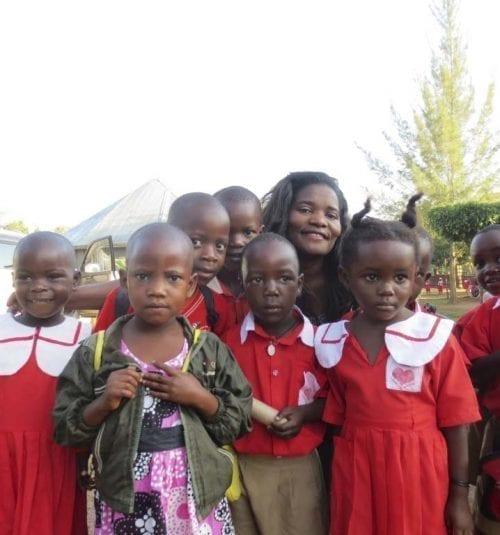 Mukasa Skoleprosjekt og Valerie